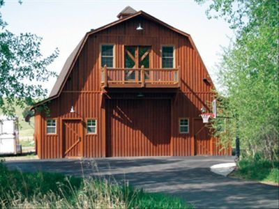 The Barn features classic architecture with a custom apartment completed in 2006