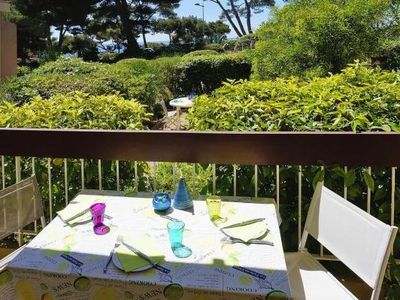 Photo for Holiday flat , Bandol  in Var - 4 persons, 1 bedroom