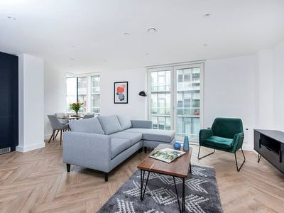 Photo for Fabulous 3BR Apartment in Manchester City Centre.