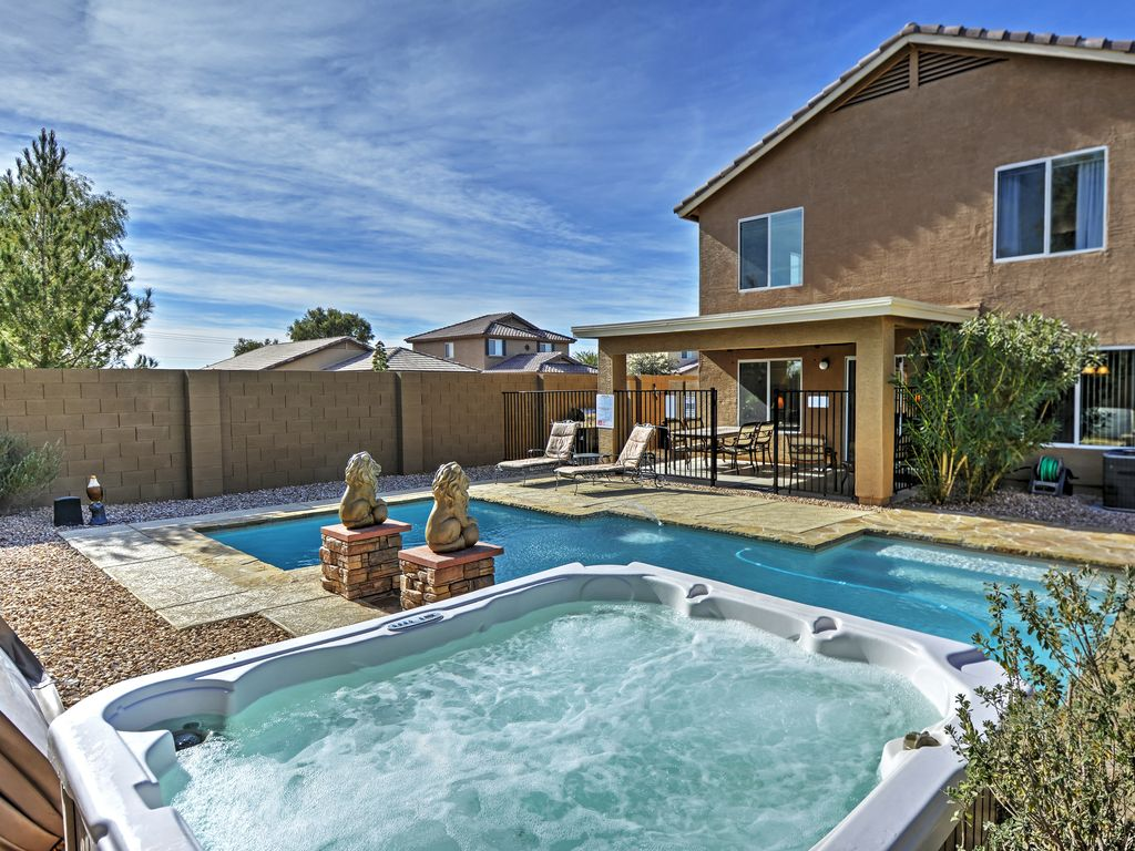 4br coolidge home w private pool hot tub vrbo for Az cabin rentals with hot tub