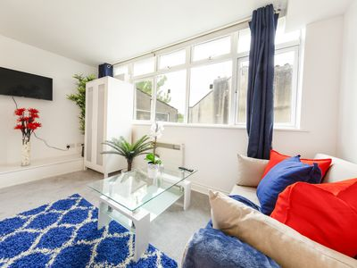 Photo for Stunning Bristol Apartment - Montpelier