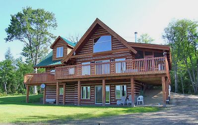 Photo for 4BR Cottage Vacation Rental in Halliburton, ON