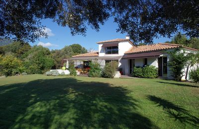 Photo for CHARACTER VILLA OVERLOOKING THE GULF AJACCIO 5MN CENTRAL VILL