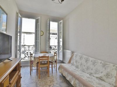 Photo for Apartment Rochefort, 4 rooms, 4 persons
