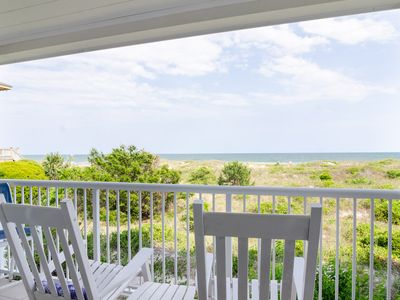 Photo for Beautiful updated oceanfront condo with pool