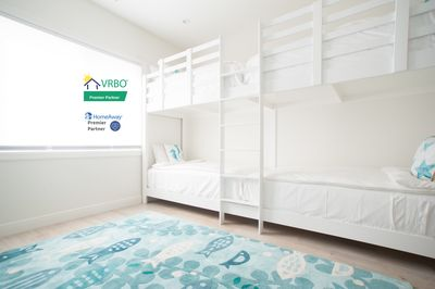 Kids and adults love our bunk bed rooms, sleep 4.