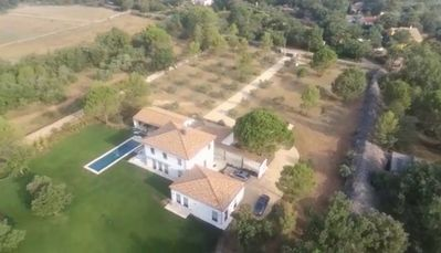Photo for Recent villa, ideal for 2 families, 3 independent modules, swimming pool, 2.5 ha park