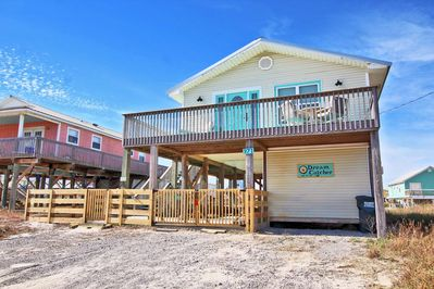 3 Bedroom Gulf View Home Walking Distance to the Beach