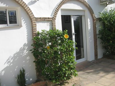 Photo for Costa del Sol: Calahonda in guest house, Apt 1 bdr + Living room + Kitch. + SdeB