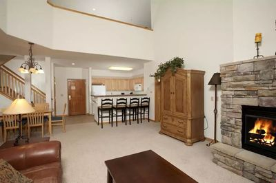 This spacious vacation rental is ideal for groups and families! Open plan living at it's best!