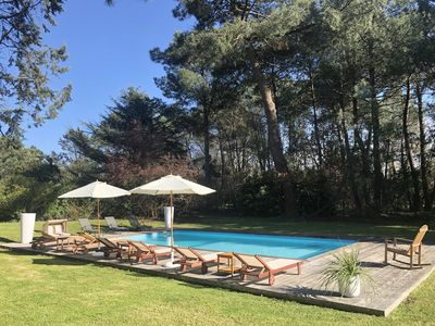 Photo for Villa with pool in the heart of the pines