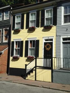Historic Row House in the Heart of Annapolis