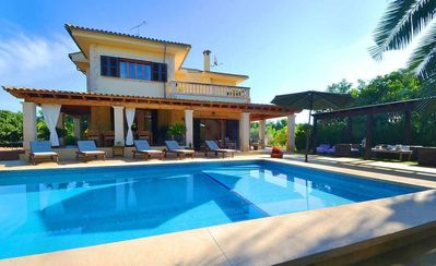 Photo for Beautiful country house with pool for 8 + 1 people located near Palma