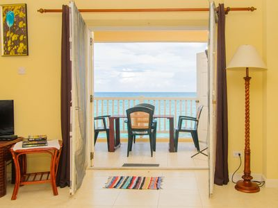 Beachfront 2-BR Apartment with oceanfront balcony
