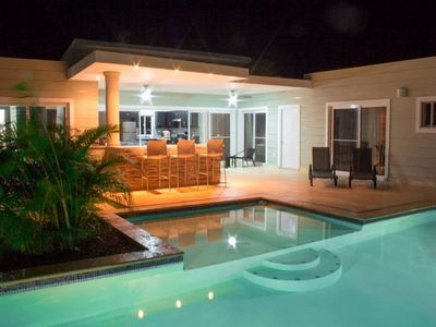 Photo for Stylish 3 bedroom w/ covered BBQ area by the pool