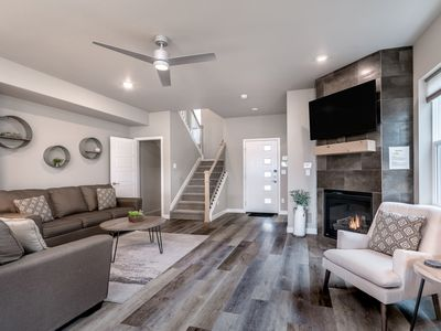 Brand New Custom 3 Bedroom / 4 Bath in the Heart of the City