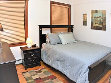 Search 24 holiday rentals