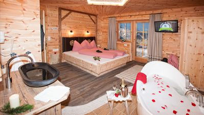 Photo for Wellness chalet with sauna, infrared cabin, bathtub, fireplace, garden, free wifi