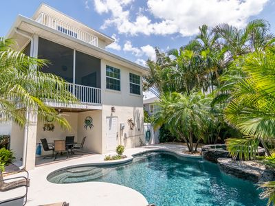 Beautiful Private Pool Home Just A Few Steps To The Beach Beachside