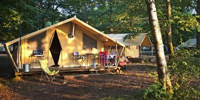 Photo for Camping Huttopia Lac de Sillé *** - Tent Canvas & Wood Cozy 3 rooms 5 people