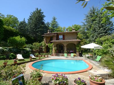 Photo for Wonderful private villa for 8 people with private pool, WIFI, TV, balcony, pets allowed and park...