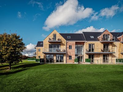 Photo for Cotswold Club Apartment Oak 4, CHIPPING NORTON