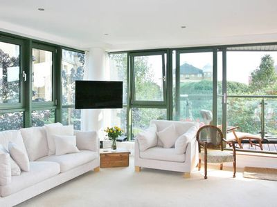 Photo for Luxury Dazzling Flat in Barnes - Apartment for 3 people in London