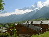 Best location in Les Houches, briliant view of Mont Blanc from the largest balcony!!