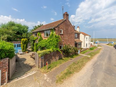 Photo for A fantastic family home close to the harbour at Burnham Overy Staithe.