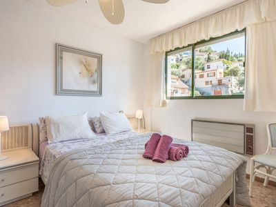 Photo for Air-Conditioned Apartment with Wi-Fi, Balcony and Sea View