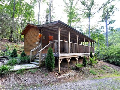Photo for Cute and cozy cabin close to town! Includes Biltmore & more! ~~No Cleaning Fee~~