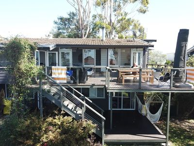 Photo for Family & pet friendly, walk to beach. Newly renovated, large garden, open plan