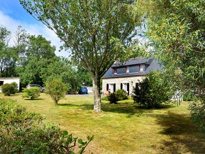 Photo for Breton house in a park with trees Entre Terre et Mer