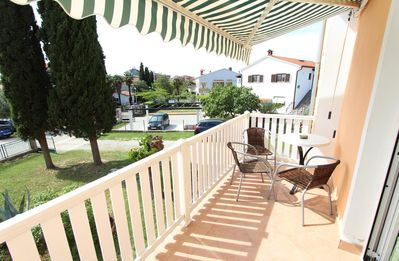 Photo for ROSANNA One-Bedroom Apartment 4