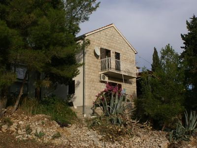 Photo for One bedroom apartment with terrace Milna (Brač)