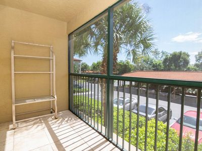 Photo for **Well Appointed, and Affordable Condo- Close to World Famous Beaches!**