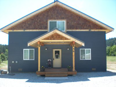 Photo for Family & Pet Friendly Cabin Located walking distance to the Wenatchee River.