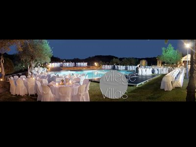 Organize your Wedding in our Luxury Villas with our team.