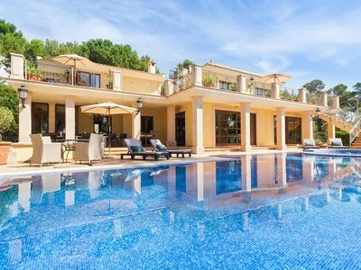 Photo for Blissful finca near Calvia with wonderful pool and garden