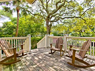 Photo for Cottage Style Home with Hot Tub, Pet Friendly, Only 2 Blocks To Beach