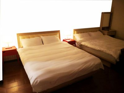 Photo for Special price! Big and cozy. Near by Dihua Street*Ningxia Night Market*Ximen*
