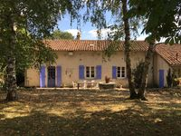 Very well equipped property & lovely garden