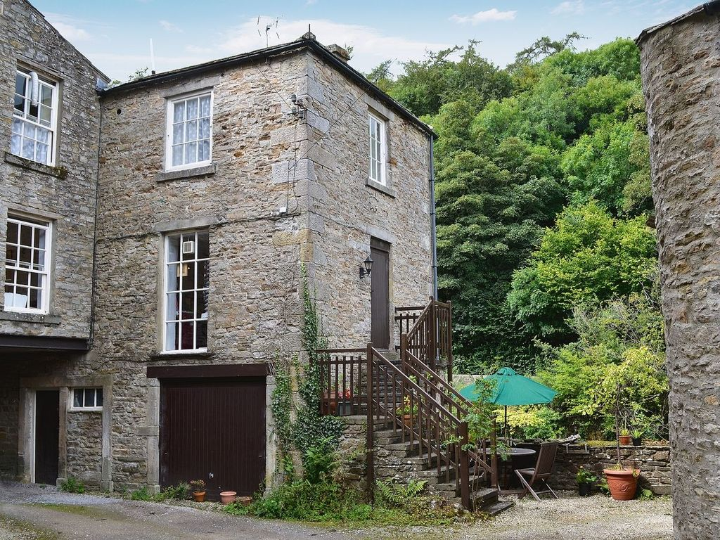 1 bedroom property in Leyburn.