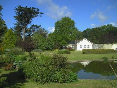 Photo for CHARLTON LODGE, family friendly in Mawnan Smith, Ref 976475