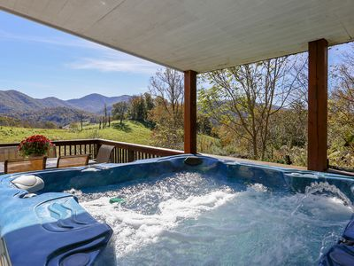 Photo for 15 MINS TO DOWNTOWN ASHEVILLE-  SLEEPS 11-22, GORGEOUS VIEW, JACUZZI, FIREPLACE