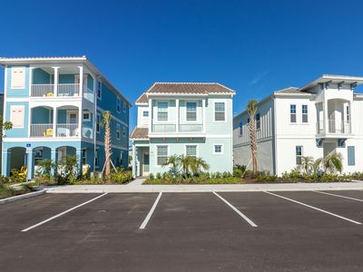 Photo for Bright and Open Margaritaville Cottage, Shuttles to Area Theme Parks