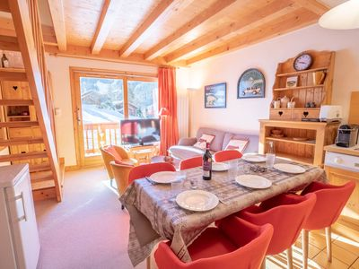 Photo for Charming duplex Ski-IN/OUT, Méribel center