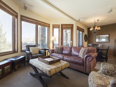 Photo for Ski-in, ski-out 2-bedroom townhome above Eagle Lodge with modern accents and heated walkways -- slee