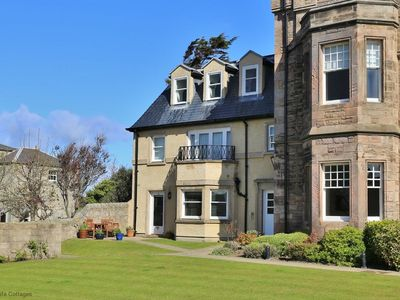 Photo for Fabulous 3 bedroomed apartment in the heart of Elie
