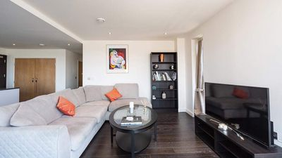 Photo for Luxurious two bedroom two bathroom apartment in north Greenwich